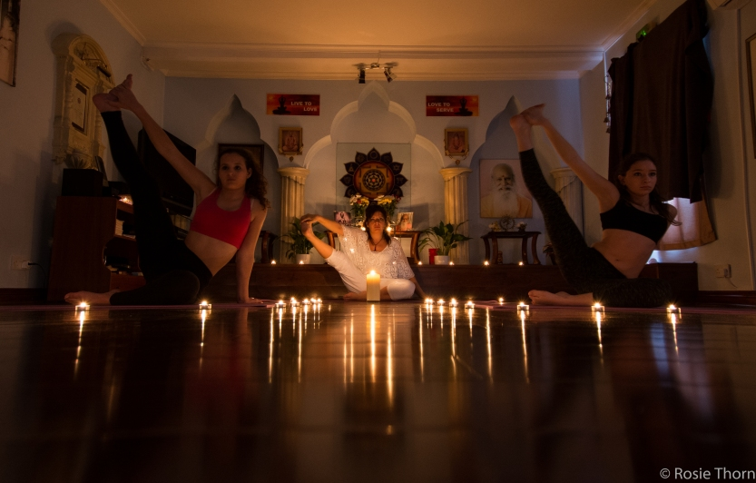Yoga by candlelight-6